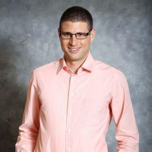 """בחירתו של ד""""ר גל אביב, לאחד מ-40 הצעירים המבטיחים מתחת לגיל 40"""